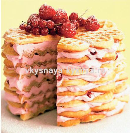 Вафельный торт из готовых коржей с творожной начинкой