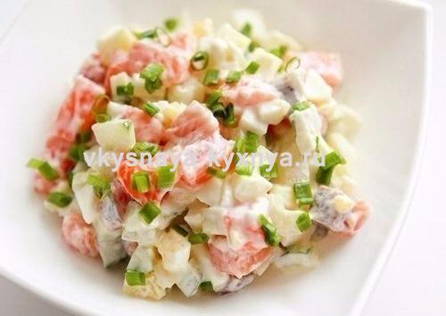 Салат из вареной семги