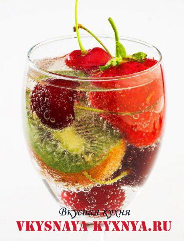 """Безалкогольный фруктовый коктейль коктейль """"Мечта"""""""