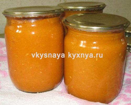 http://vkysnayakyxnya.ru/domashnie-zagotovki/kabachkovaya-ikra-na-zimu