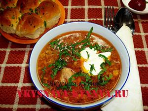 Особенности украинской кухни. Борщ с пампушками по украински