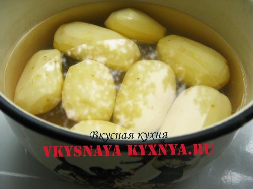 Очищенная картошка