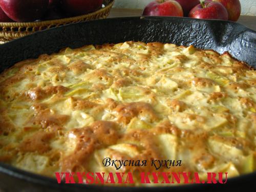 рецепт шарлотки из яблок и творога в духовке