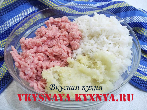Фарш из мяса и риса для тефтелей