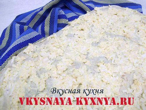 Сырно-ячно-чесночная масса на лаваше