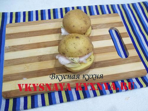 Две дольки картофеля