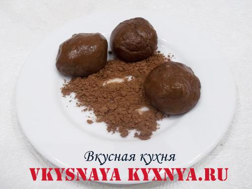 Домашние конфеты из печенья, какао и орехов