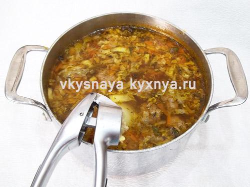 Добавление в суп чеснока