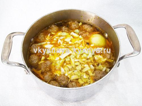 Добавление в суп капусты