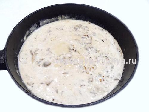Готовый белый грибной соус
