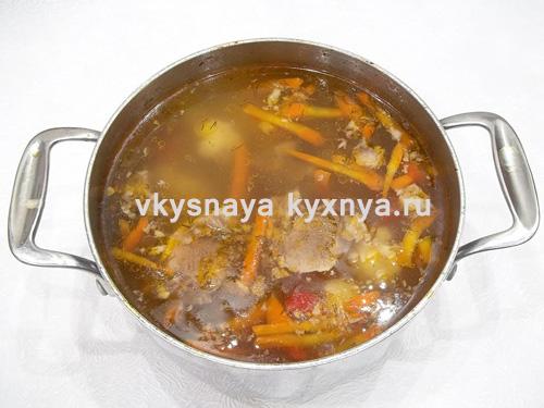 gotovyj-ovoshhnoj-sup-iz-svinogo-yazyka