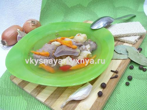 Овощной суп из свиного языка