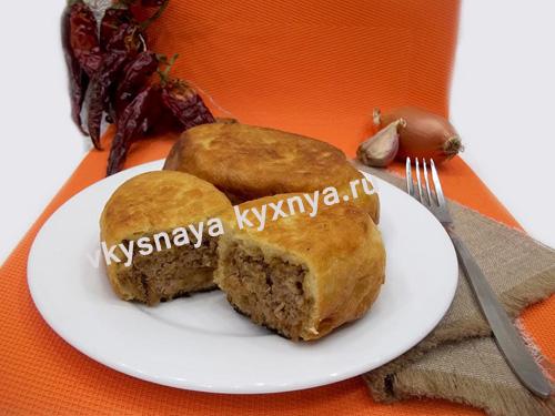 Жареные пирожки с мясом по-домашнему