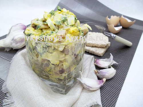 Простой салат с селедкой, пошаговый рецепт с фото