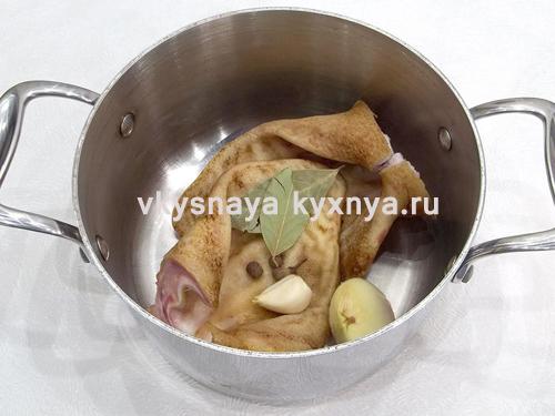 Маринованные свиные ушки по-корейски