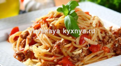 "Спагетти ""Болоньезе"" с фаршем"