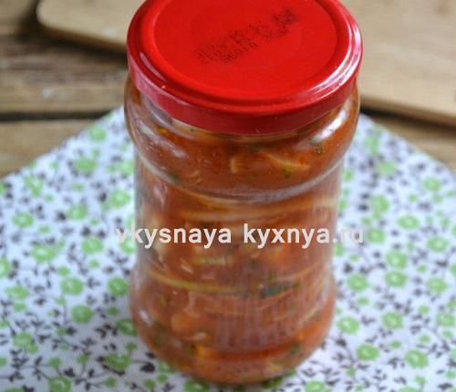 Лук в томатном соусе на зиму