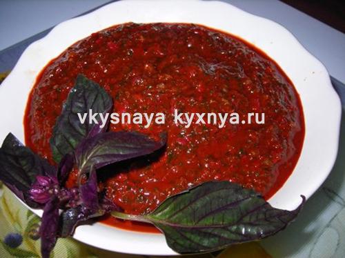 Острая абхазская аджика на зиму: классический рецепт