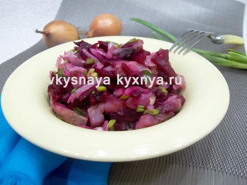 Салат со свеклой и селедкой, но не шуба: рецепт с пошаговыми фото