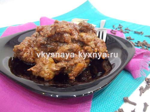 Гуляш из свинины с подливкой: рецепт с фото пошагово