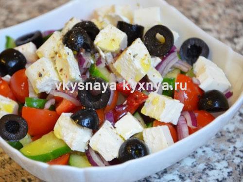 Греческий салат: классический рецепт с фетаксой