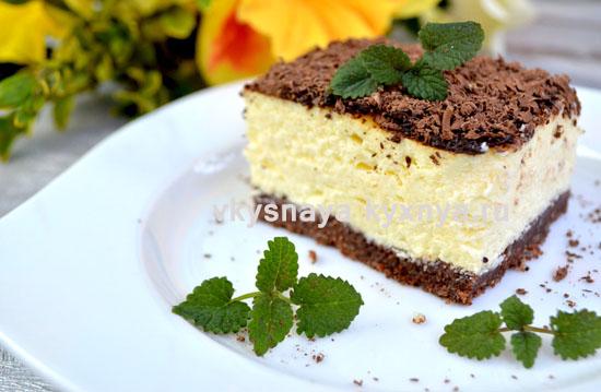 Шоколадно-творожный торт без выпечки