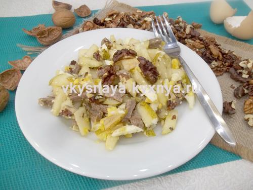 Салат с грушами и орехами: рецепт с пошаговыми фото
