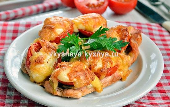 Филе индейки, запеченное с сыром в духовке