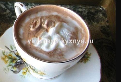 Горячий шоколад с кокосом