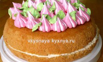 Пышный и воздушный бисквит в мультиварке для торта